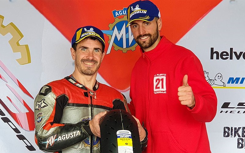 Juan Puerto recoge su premio en la Coppa F3