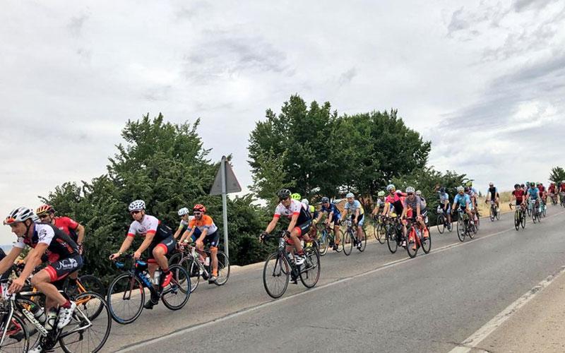 Pelotón de ciclistas durante la prueba
