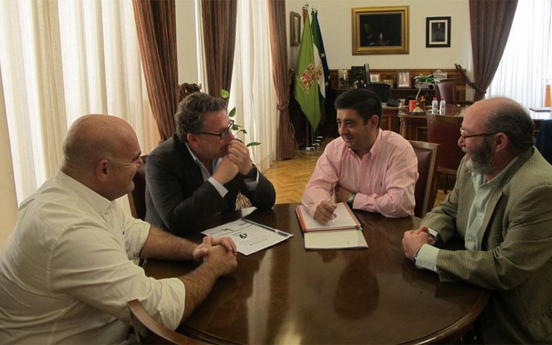 Presidente de Diputación y miembros del Jaén Rugby