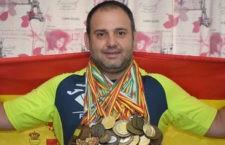 El linarense Carlos Hugo anuncia su retirada del atletismo