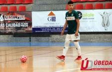 El joven ubetense vestirá la camiseta del Mengíbar FS. Foto: Úbeda Deportiva.
