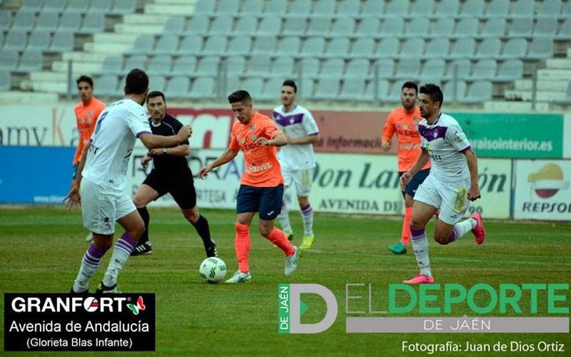 Javilillo en un partido con el CD El Ejido ante el Real Jaén