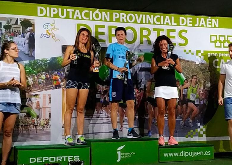 Lola Chiclana, Paqui Gasco y Marta Corazón, en el podio.
