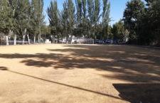 El Ayuntamiento de Jaén ejecuta mejoras en el campo de fútbol del Puente de la Sierra