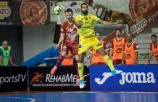 Carlitos firma el mejor gol de la jornada. Foto: Pascu Méndez.