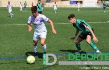 El Real Jaén se lleva los tres puntos ante el Huétor Vega