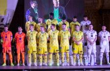 El equipo amarillo se presentó oficialmente en la Pza. Santa María. Foto: Pedro J. Chaves.