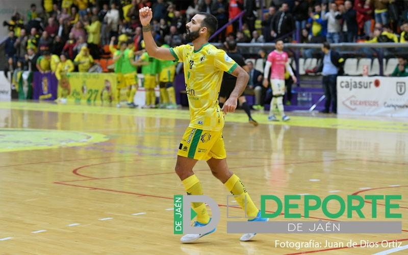 carlitos celebra un gol del Jaén Paraíso Interior