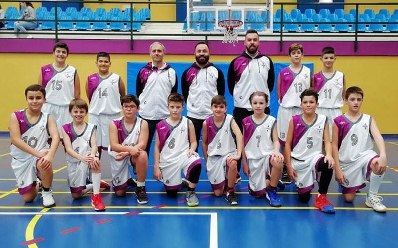 Jugadores y cuerpo técnico de la selección de Jaén de minibasket masculino