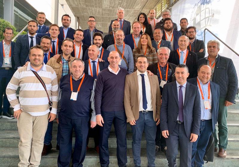 Algunos presidentes de Segunda B y Tercera División junto al presidente de la RFEF, Luis Rubiales