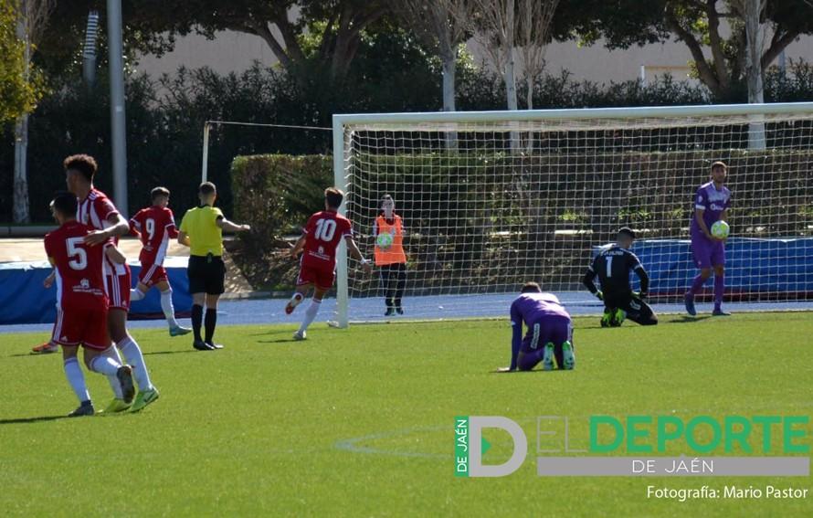 El Almería B vence al Real Jaén en liga.