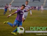 El Real Jaén empata ante el Motril y se mantiene fuera del playoff