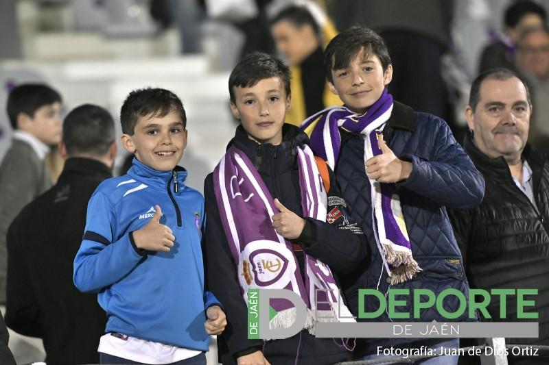 aficionados del real jaén en el nuevo estadio la victoria