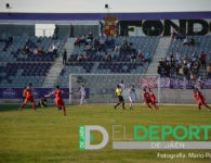 Un gol de Toni da un triunfo histórico al Torreperogil en La Victoria