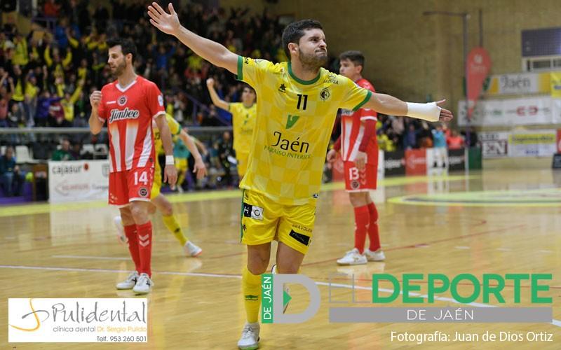 Dani Martín celebra el segundo gol del Jaén FS ante Cartagena en Copa del Rey