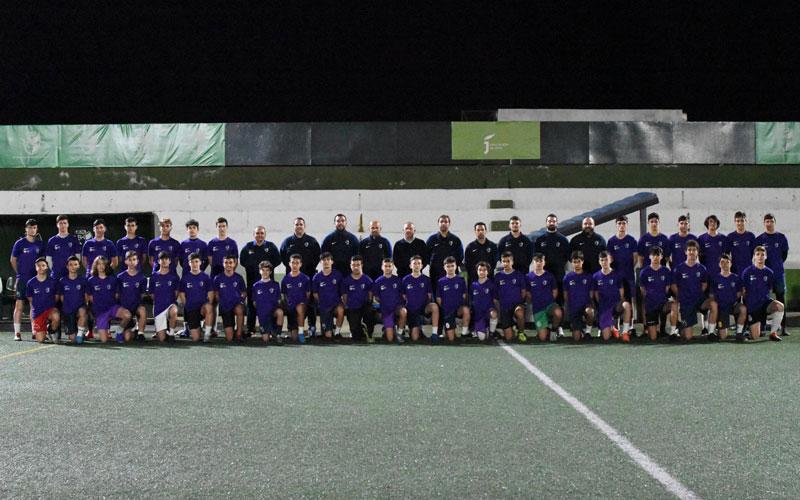 jugadores y cuerpo técnico de las selecciones jiennenses de fútbol infantil y cadete