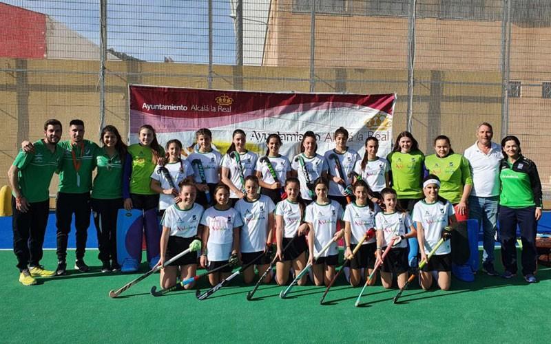 jugadoras de la selección andaluza femenina sub-14 de hockey
