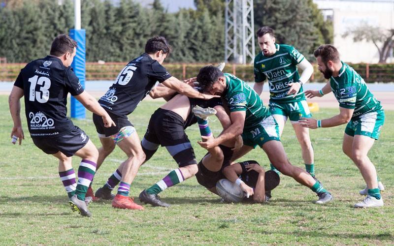 Acción de un partido de jaén rugby