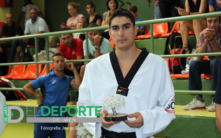 El subcampeón olímpico Nico García visita La Salobreja