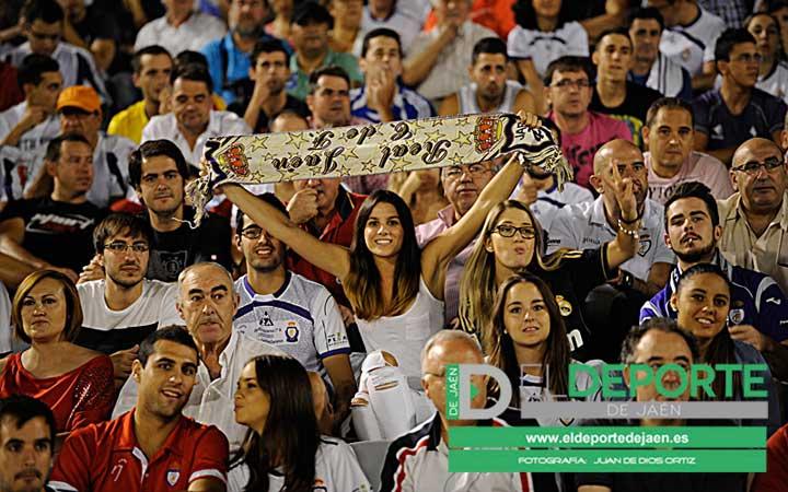 Las 100 fotos de la afición en La Victoria (Real Jaén-Córdoba)
