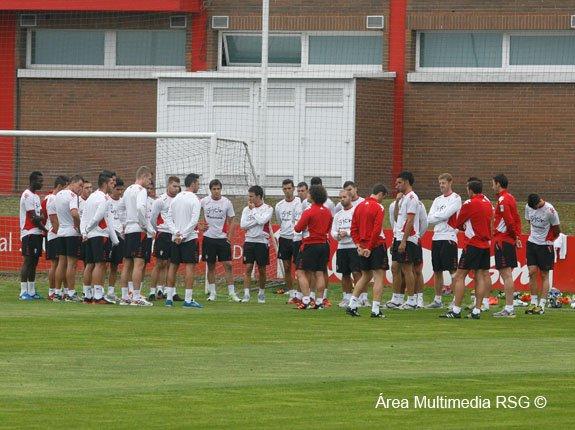 Entrenamiento del Sporting en una imagen de la web del club.
