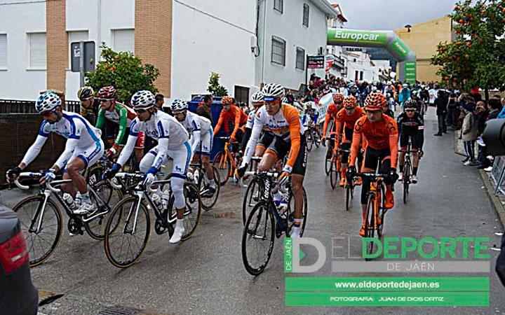La Guardia saboreó el comienzo de la segunda etapa de la Vuelta a Andalucía