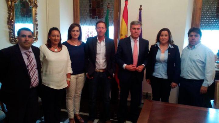 El Ayuntamiento de la capital continuará apoyando al Jaén FS