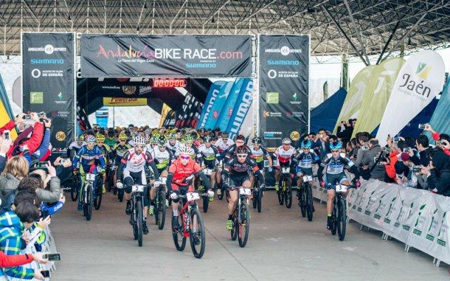Jaén acoge la salida de la Andalucía Bike Race 2015