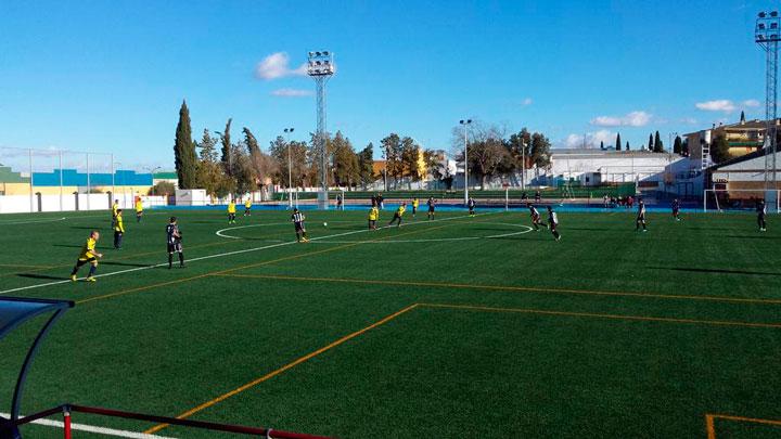 Guarromán y Torreperogil aprovechan el empate del Navas (análisis de la Segunda Andaluza)