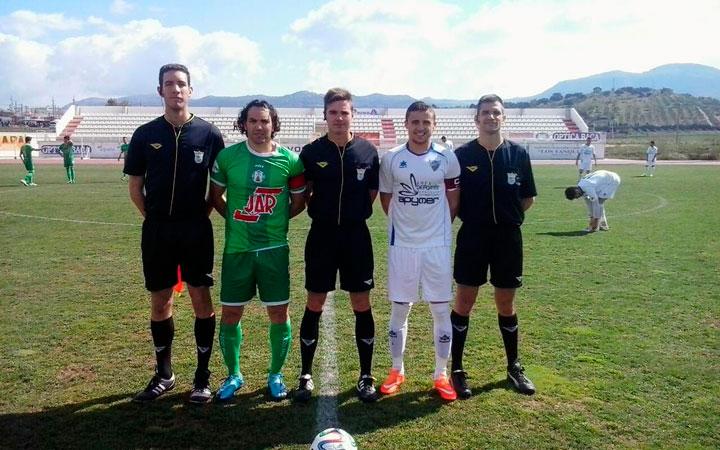 El Martos CD consigue la única victoria de una jornada de empates (análisis de la Tercera)