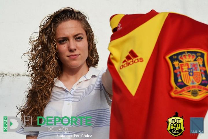 Celia Jiménez, primera jugadora jiennense que estará en la primera participación de España en un Mundial. Foto: José Fernández.