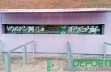 El Linares Deportivo reacciona contra las pintadas en La Victoria