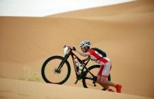 Carrasco vence en la última etapa y acaba sexto en la Titan Desert