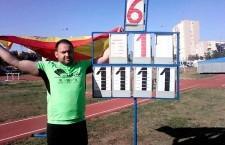 Carlos Hugo hace doblete en el Nacional
