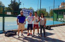Natalia Collado y Fernando García, campeones del Campeonato Provincial de Tenis de La Carolina