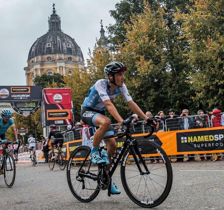 Díaz Gallego cierra la temporada dejándose ver en el monumento de Lombardía