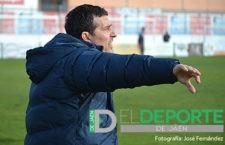 Manolo Chumilla renueva como entrenador de la UDC Torredonjimeno