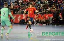 Antonio Pérez cierra los amistosos previos al Europeo Sub-19 anotando gol