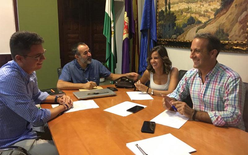 Reunión entre representantes municipales y de Diputación de Jaén