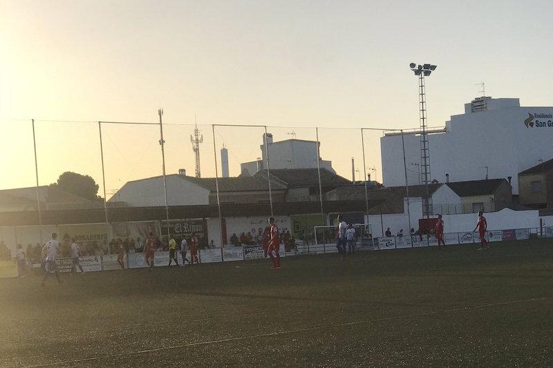 Jugada del partido entre el Torreperogil y el Motrol. Foto: Twitter @CDTorreperogil