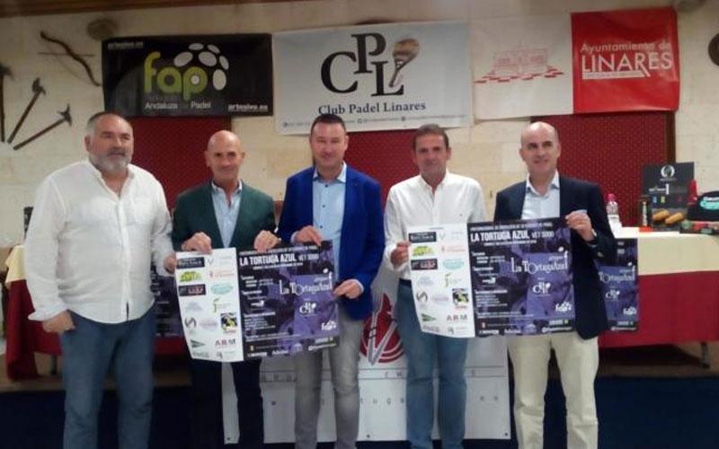Autoridades en la presentación del internacional de padel de veteranos linares