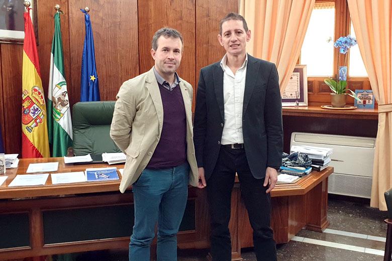 Reunión en el Ayuntamiento de Jaén para abordar temas relacionados con el bádminton