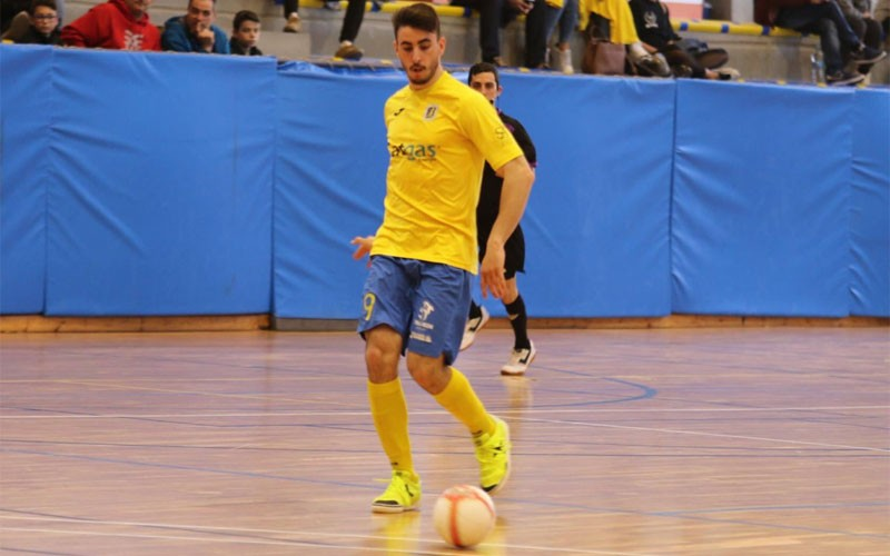 Toni Hinojosa, nuevo jugador del Mengíbar FS