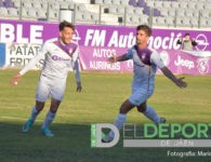 El Real Jaén supera al Mancha Real y alarga su buen momento