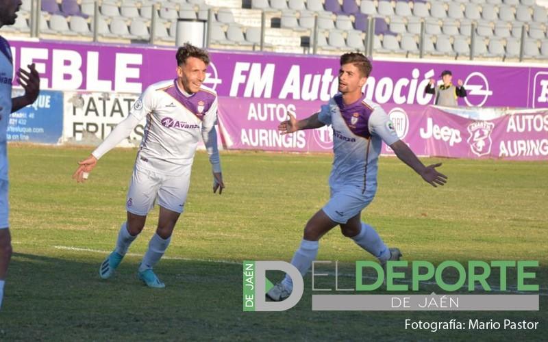 juanca celebra un gol con el real jaén