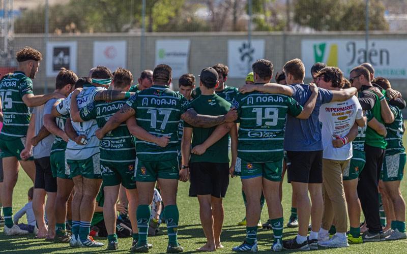 jugadores de jaén rugby en grupo