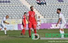 El CD Torreperogil cierra las renovaciones de Niza y Sergy