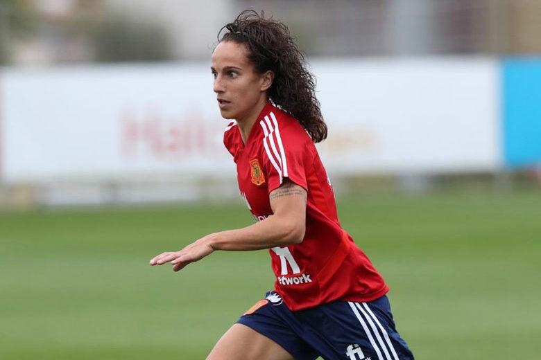"""Alharilla: """"El fútbol femenino español ha dado un salto de calidad; es muy difícil entrar en una convocatoria"""""""