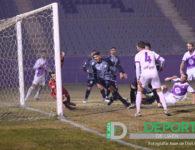 El Real Jaén suma frente al Mancha Real su primera victoria en liga