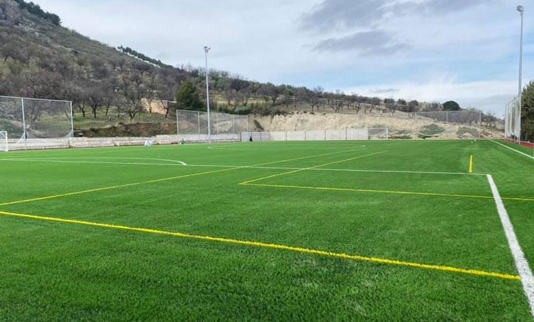 césped artificial del campo de fútbol de Jimena